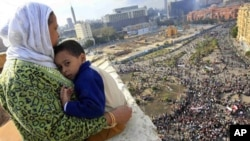 Η Ουάσιγκτον προτρέπει Αμερικανούς πολίτες να αποχωρήσουν εθελοντικά απ' την Αίγυπτο