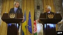 کارل بیلت، وزیر امور خارجه سوئد و رنگین دادفر سپنتا، وزیر امور خارجه افغانستان