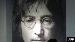 Джон Леннон: «Им нужны мертвые герои...»