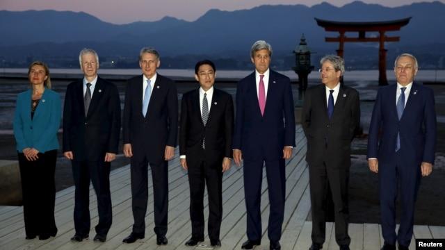 Các vị ngoại trưởng khối G7 chụp hình lưu niệm tại Nhật Bản, ngày 10/4/2016.