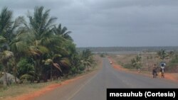 Estrada na província de Manica (Moçambique)