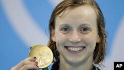 Katie Ledecky đoạt huy chương vàng thứ hai tại Olympic Rio bằng chiến thắng ở nội dung 200 mét tự do nữ.
