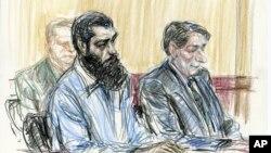 Sketsa gambar di ruang sidang, Abid Naseer (kiri) didampingi pengacaranya di pengadilan New York (foto: dok).