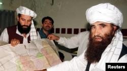 عکس آرشیوی از جلال الدین حقانی (راست) بنیانگذار شبکه حقانی - مهر ۱۳۸۰