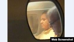 پیرول پر رہائی کے بعد نواز شریف خصوصی طیارے کے ذریعے اسلام آباد سے لاہور کے لیے روانہ ہوئے۔