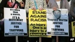 Trayvon Martin'in katilinin cezalandırılması için gösteri yapanlar