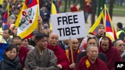 지난 10일 벨기에 브뤼셀에서 티베트의 자유를 요구하며 벌어진 시위. (자료사진)