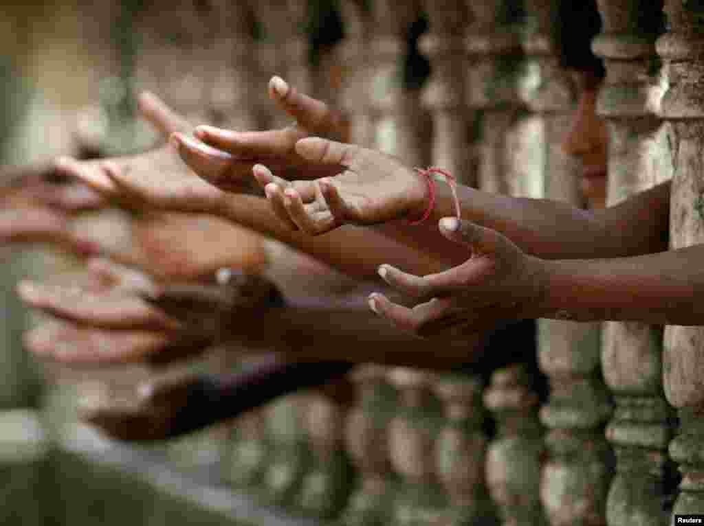 بھارت میں بے گھر افراد کی تعداد لاکھوں میں بتائی جاتی ہے۔