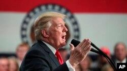 Donald Trump s'exprime à St Charles le 29 novembre 2017