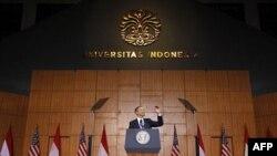 Tổng thống Barack Obama kể lại với sinh viên đại học tại Jakarta về vai trò của Indonesia trong cuộc đời ông, ngày 11/9/2010