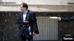 براساس گزارشها دلیل استعفای وزیر بهداشت ایران «کاهش بودجه بهداشت و سلامت» بوده است