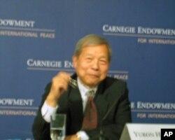 卡内基国际和平基金会亚洲项目高级研究员黄育川