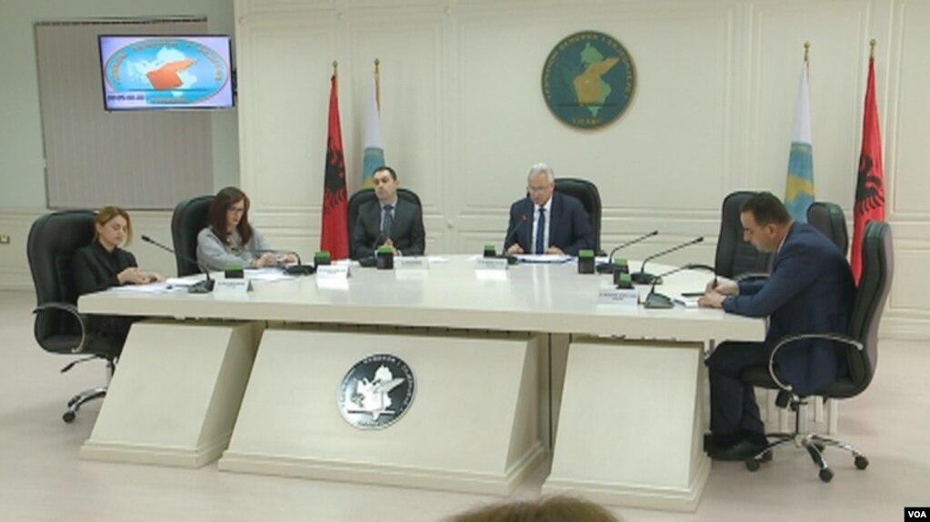 Shqipëri, në parlament 4 emra të LSI-së