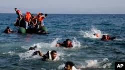 شمار زیاد کشورهای اروپایی قوانین مهاجرتی خود را سختگیرانه تر ساخته اند.