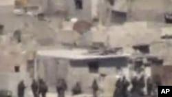 라타키아에 배치된 시리아군 탱크