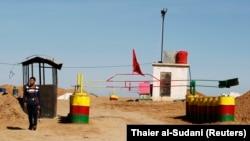 PYD, Esat rejimine bağlı kuvvetlerin çekilmesinden bu yana Suriye'nin kuzeydoğusunu, Irak ve Türkiye sınırlarının bazı bölümlerini kontrolu altında bulunduruyor