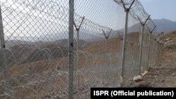 پاکستان سرحد پر اپنی جانب باڑ لگا رہا ہے