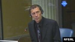 Svjedok Ivo Atlija daje iskaz na suđenju Ratku Mladiću