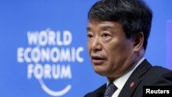 中国发改委主席徐绍史在大连的国际经济论坛会议上发言(2015年9月9日)