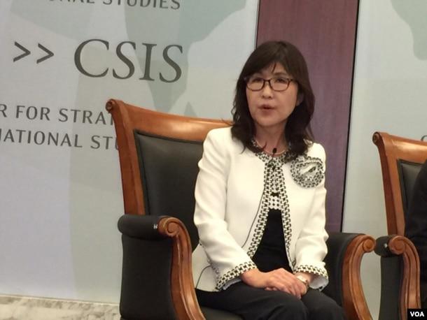 日本防卫大臣稻田朋美回答问题