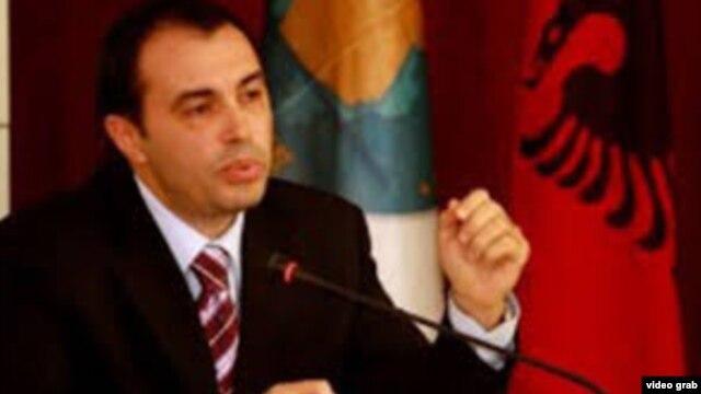 Shqipëri – Jep dorëheqjen nënkryetari i KQZ-së, Denar Biba