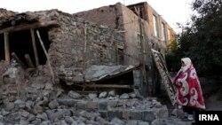 زلزله ۵.۸ ریشتری در شهرستان میانه در آذربایجان شرقی بسیاری از خانهها را خراب کرد.