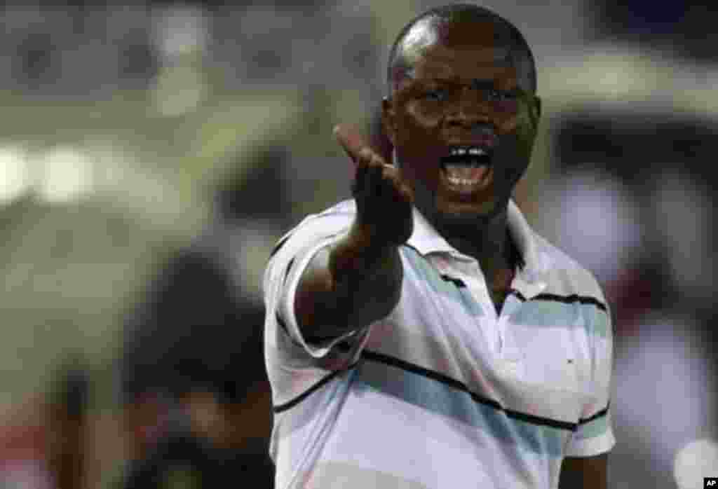 "Senegal's coach Amara Traore reacts during their African Cup of Nations Group A soccer match against Libya at Estadio de Bata ""Bata Stadium"", in Bata January 29, 2012."