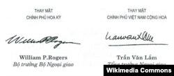 Chữ kí ông William Rogers và ông Trần Văn Lắm.