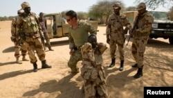Forças especiais EUA em missão internacional de treino no Niger (foto de arquivo,4 Março 2014)