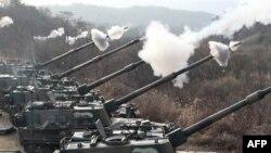 Южная Корея начала крупномасштабные учения вблизи границ Северной Кореи