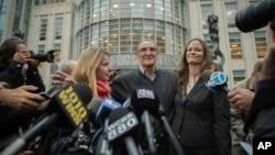 Vincent Asaro, center, leaves federal court Thursday, Nov. 12, 2015.