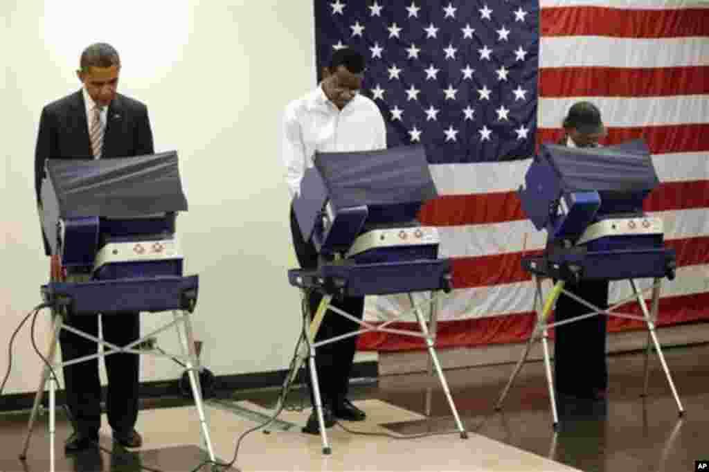 Le président Barack Obama a voté le 25 octobre à Chicago