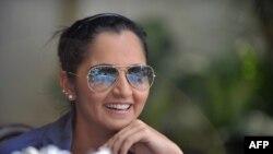 ثانیہ مرزا نے اپنی بہن سے متعلق افواہوں کی تصدیق کرتے ہوئے بتایا کہ انعم مرزا کی رواں سال دسمبر میں اسدالدین سے شادی ہورہی ہے۔ (فائل فوٹو)