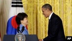 Bà Park Geun-hye cảm tạ sự ủng hộ của Quốc hội Mỹ và gọi tình hữu nghị hai nước 'không thua bất cứ ai'