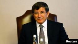 Ngoại trưởng Ahmet Davutoglu trong một cuộc họp nội các ở Ankara.