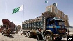 پاکستان نږدې یوه میاشت وړاندې په تورخم او چمن کې افغانستان سره خپل سرحد په یو اړخیز ډول وتړه.