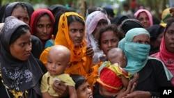 Cox's Bazar ဒုကၡသည္စခန္းမွ ရိုဟင္ဂ်ာအမ်ိဳးသမီးမ်ား
