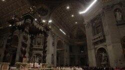 پاپ مراسم شب کريسمس را در ميان تدابير شديد امنيتی برگزار کرد