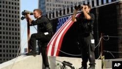 Tổng thống Obama gọi đa số các nhân viên của cơ quan mật vụ là những người tuyệt hảo trong việc bảo vệ ông, gia đình ông, và các giới chức Mỹ trên khắp thế giới