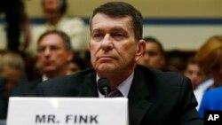 Seorang pejabat Jawatan pajak Amerika (IRS), Faris Fink memberikan kesaksian di depan Kongres AS hari Kamis (6/6).