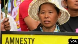 Boengkak villagers protested for Yoam Bopha's release.