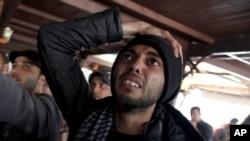 واکنش یک مرد مصری به تایید احکام اعدام