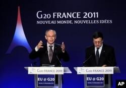 Le président du Conseil de l'Europe Herman Van Rompuy (à gauche) et le président ed la Commission européenne Manuel Barroso à Cannes