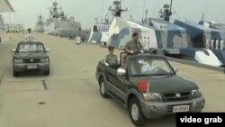 習近平檢閱中國海軍