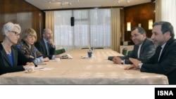 Venada muzokaralar, Eron va AQSh delegatsiyalari