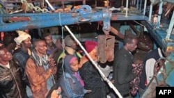 African refugees arrive in Lampedusa, Italy, fleeing from Lybia