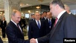 Владимир Путин, Нурсултан Назарбаев и Петр Порошенко. Минск, Беларусь. 26 августа 2014 г.