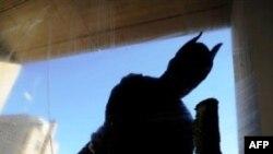 Diễn viên đóng vai Alfred trong phim Batman qua đời