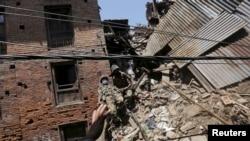 Des ruines à Bhaktapur, au Népal (Reuters)