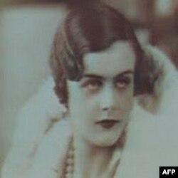 Ký giả Clare Hollingworth khi còn trẻ